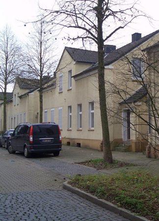 HÄUSSER-BAU