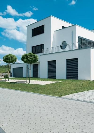Effizienz trifft klassische moderne wohnkomfort besonders for Klassische moderne